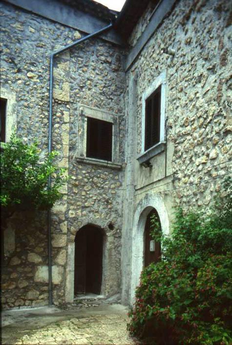 interno-castello-2.jpg