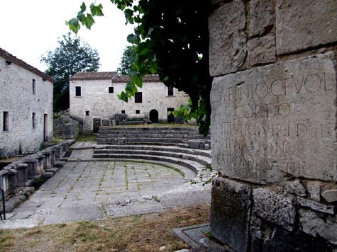 teatro-di-sepino-5.JPG